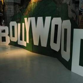 """Lettre """"B"""" pour Bollywood 125cm"""