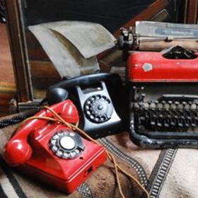 Téléphone rouge 20cm