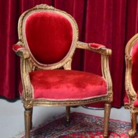 Chaise Classique en Velour