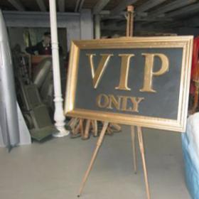 """Panneau """"VIP"""" 97cm"""