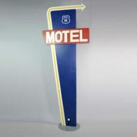 """Panneau de signalisation """"Motel"""" 296cm"""