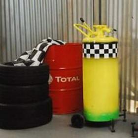 Pompe à essence manuelle jaune 160cm